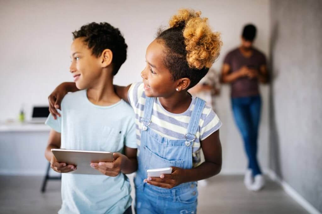 two children are socializing to reduce anxiety